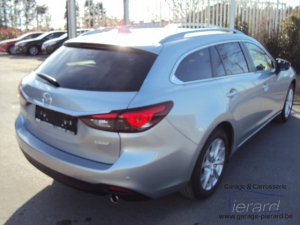 Direction - Mazda 6 Wagon Premium 4X4
