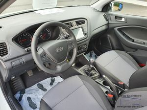 Direction - Hyundai I20 Air #1